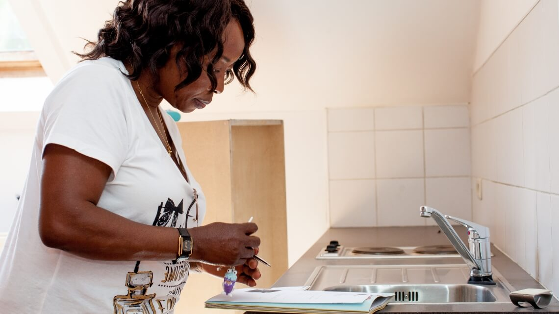 Caritas International Finding housing thanks to Housing-café