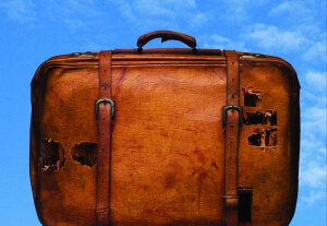 SuitcasePosterFR