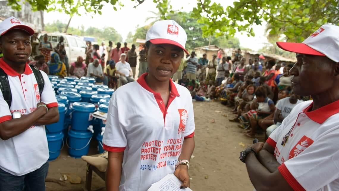 Caritas International Ebola bat en retraite !