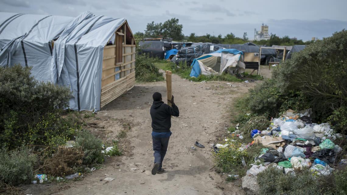 """Caritas International Calais : """"We zijn zeer bezorgd om de minderjarigen"""""""
