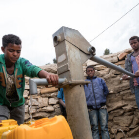 Caritas International Offrez de l'eau potable