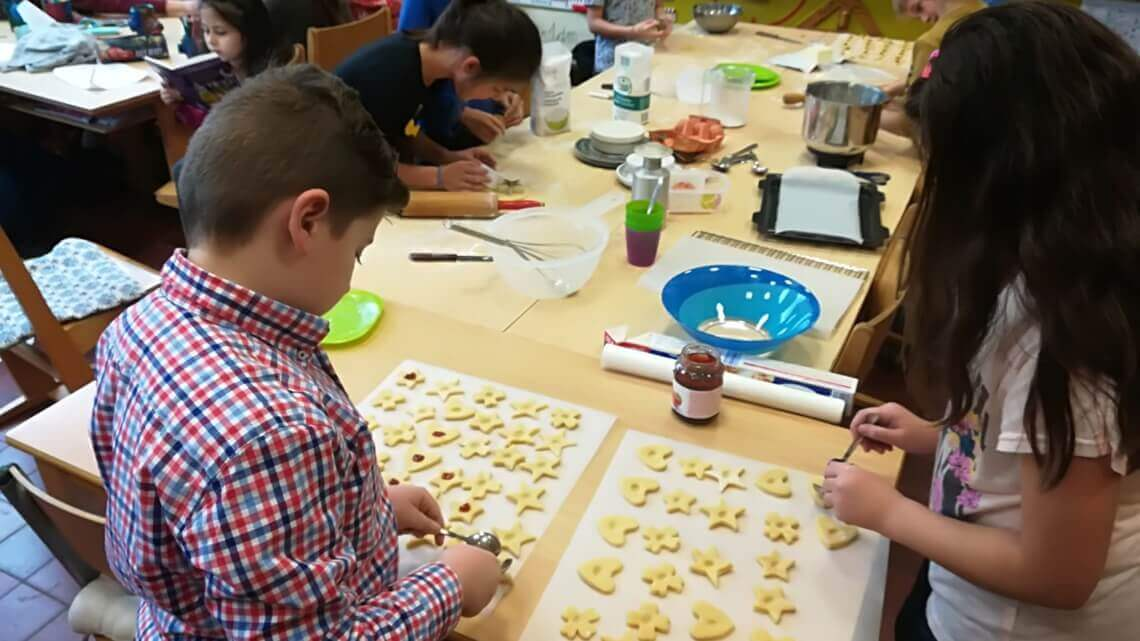 Caritas International De warmste week: 2.000 koekjes voor Caritas