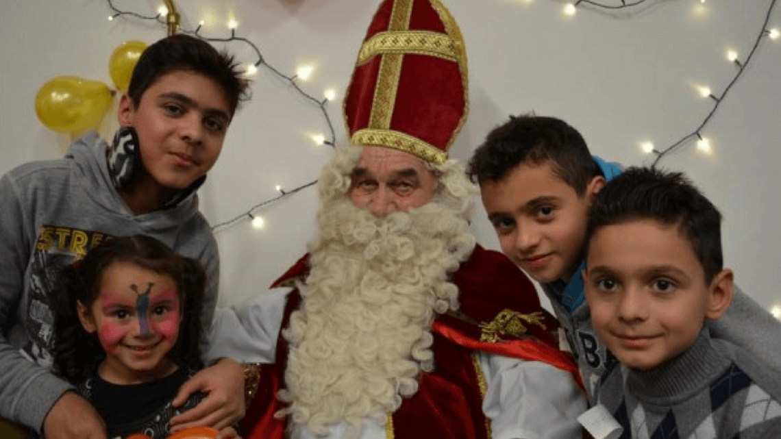 Caritas International Sinterklaas, ook bij Caritas voor vluchtelingenkinderen