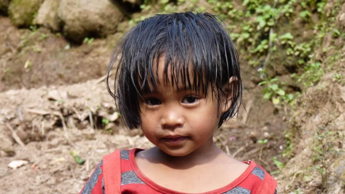 Caritas International België Heropbouw van gemeenschappen die getroffen werden door tyfoon Haiyan (REACH)