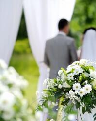 Caritas International België Huwelijk, geboorte of een gouden jubileum