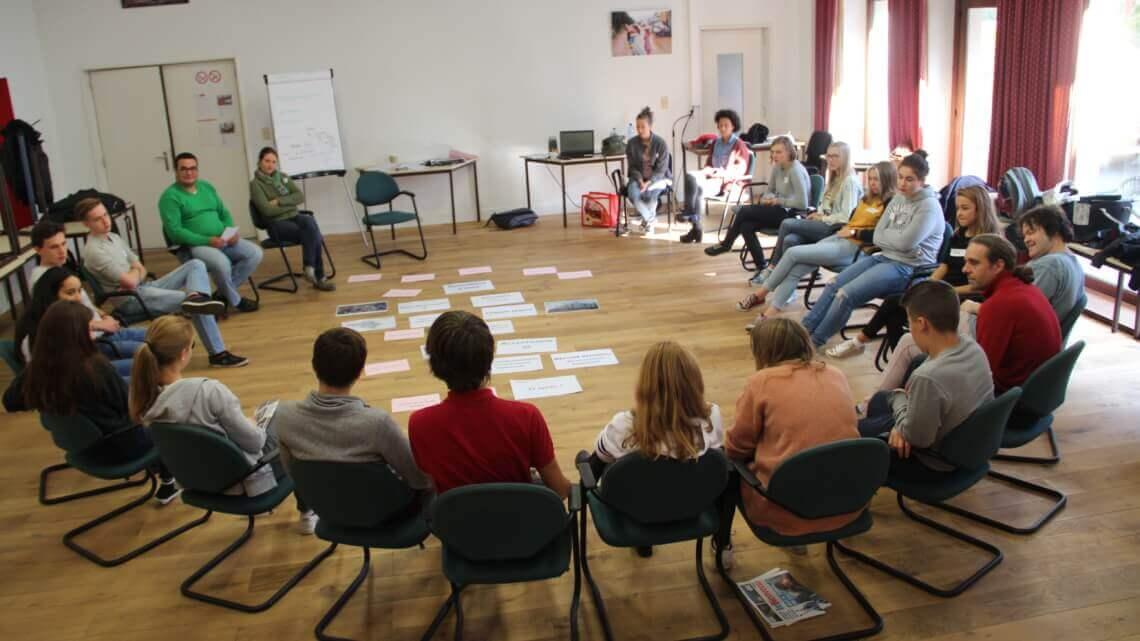 Caritas International Belgique Atelier – Between 2 Worlds