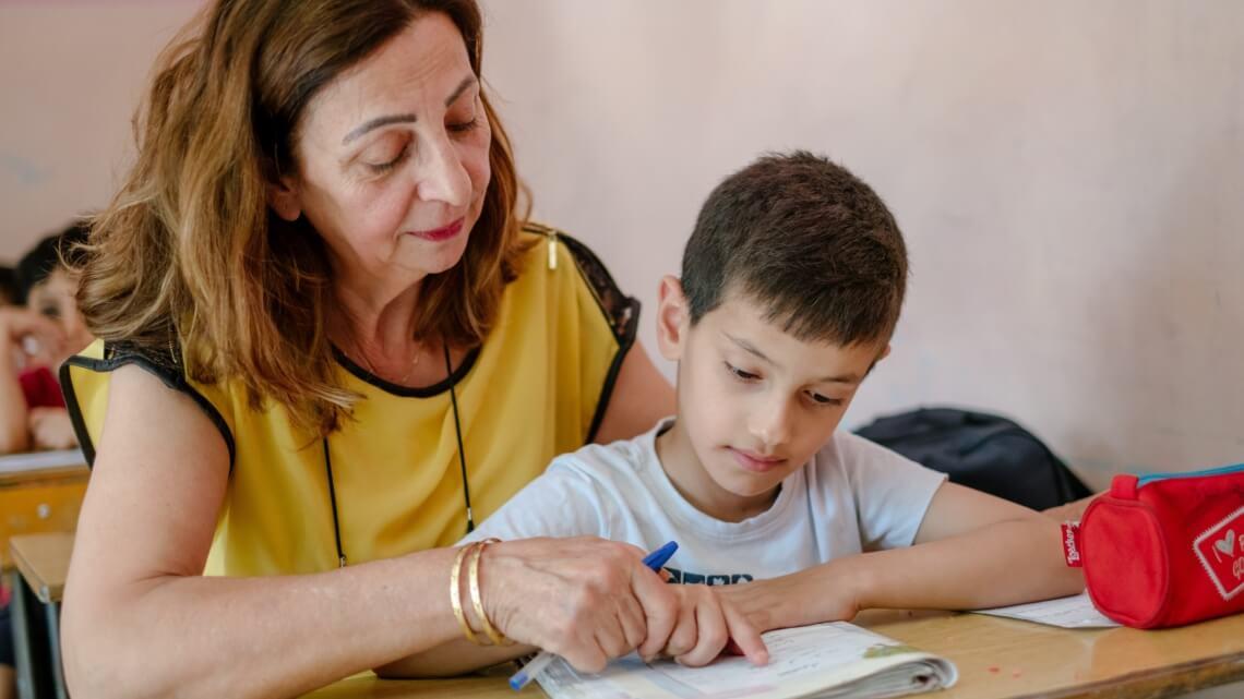 Caritas International België Huiswerkklassen voor kansarme Libanese kinderen en vluchtelingen (Zuid-Libanon)