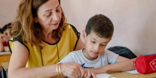 Caritas International Belgique Ecole des devoirs pour enfants à risque libanais et réfugiés (Sud du Liban)