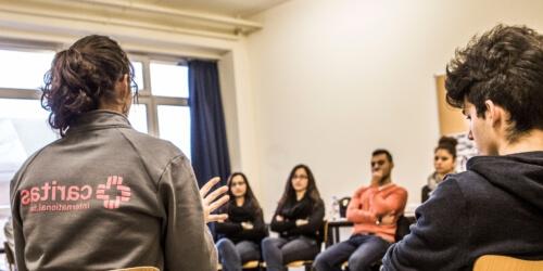 Caritas International Belgique Recherche de témoins pour l'atelier pédagogique Between 2 worlds