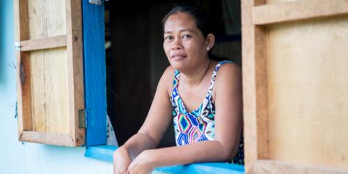 Caritas International België Betere leefomstandigheden en veerkracht voor de slachtoffers van tyfoon Haiyan