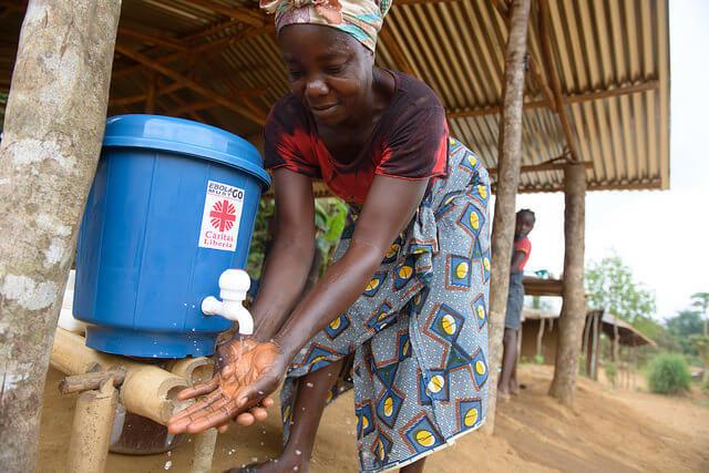 Caritas International België Medische nazorg en steun na Ebola-epidemie