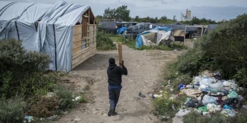 """Caritas International België Calais: """"We zijn zeer bezorgd om de minderjarigen"""""""