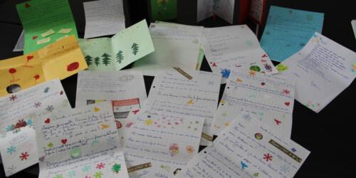 Caritas International België Kerstmis op de vlucht: prachtige brieven zijn vertrokken richting Libanon!