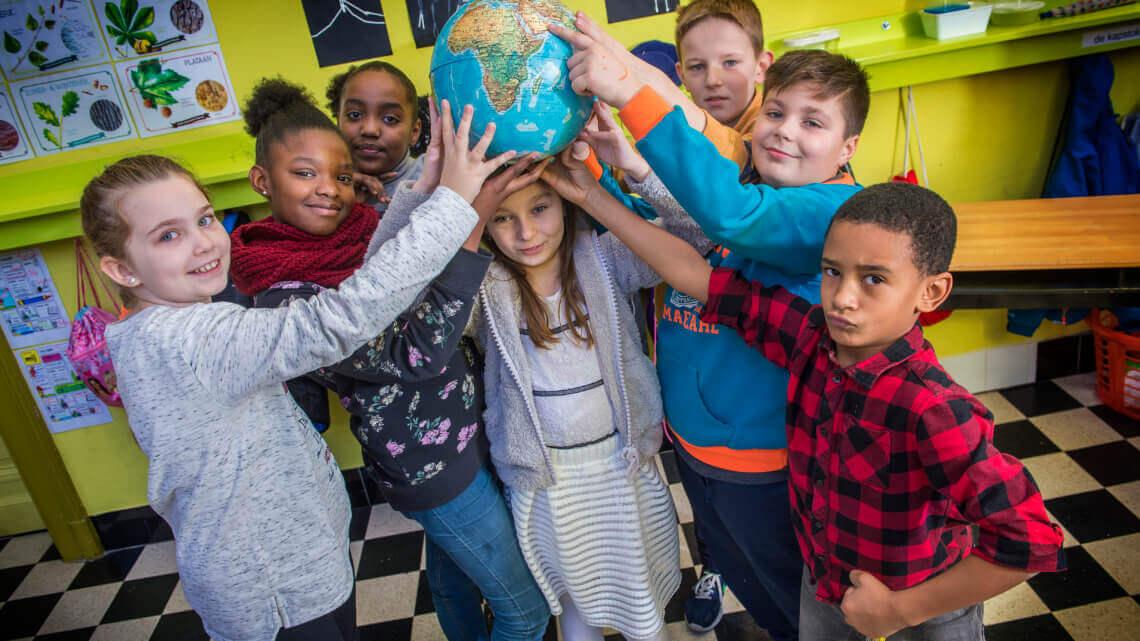 Caritas International België Kerstmis op de vlucht: een brug tussen jongeren uit België en Libanon