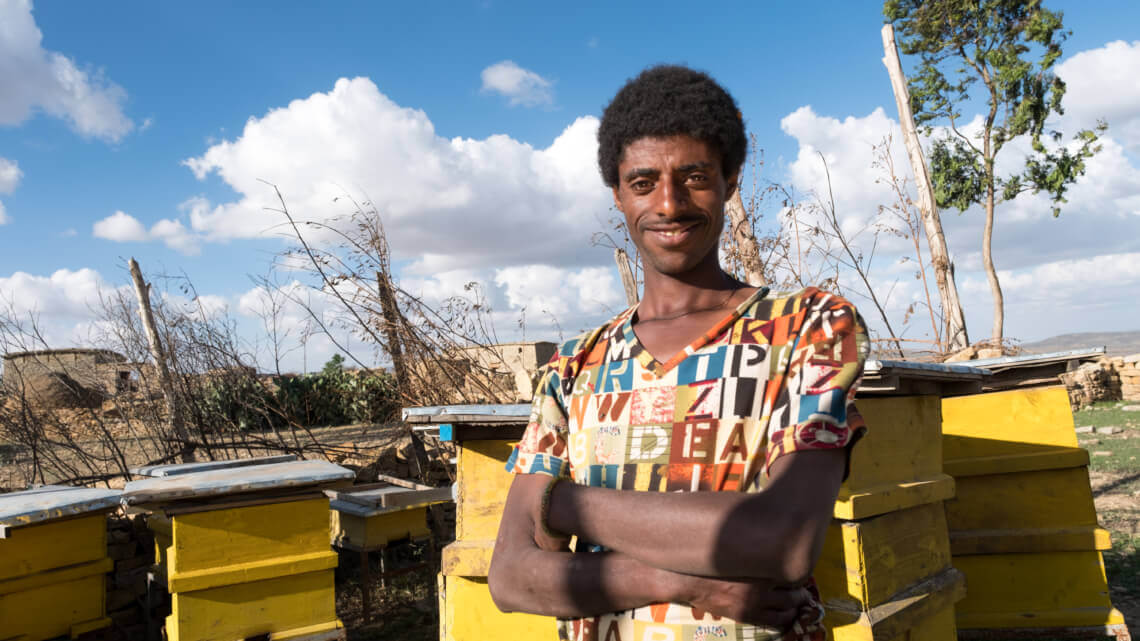 Caritas International Belgique Le miracle des abeilles pour les paysans sans terre