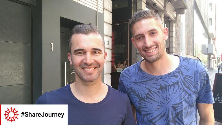 <p>&#8220;Het zijn gewoon mensen met verhalen, zoals wij. Ik heb zelf in het buitenland gewoond en integreren is zo moeilijk&#8221;, getuigt Steven, na een #ShareJourney ontmoeting.</p>