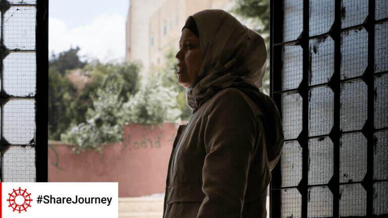 """<p>De eerste dagen in België waren moeilijk voor Zahra en haar familie, afkomstig uit Irak: """"Hier is alles anders."""" Gelukkig kon ze rekenen op solidariteit: """"De mensen, de Belgen, zijn vriendelijk. Ze helpen ons.""""</p>"""