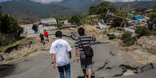 Caritas International Belgique Jour après jour aux côtés des victimes du tsunami en Indonésie
