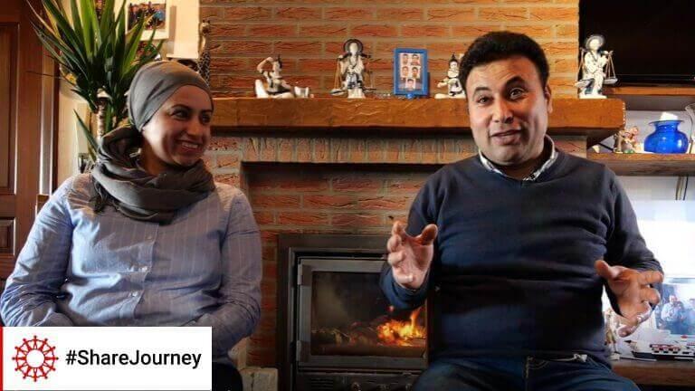 """<p>Toen het gezin van Yusra en Abdullah hun woning in Merchtem moest verlaten en op zoek ging naar een nieuwe thuis, hielp de hele buurt mee om ervoor te zorgen dat ze in Merchtem konden blijven wonen. """"Ze waren heel behulpzaam, van onschatbare waarde,"""" zegt Abdullah. """"We hebben hier geen familie, maar deze mensen zijn als familie voor ons geworden.""""</p>"""