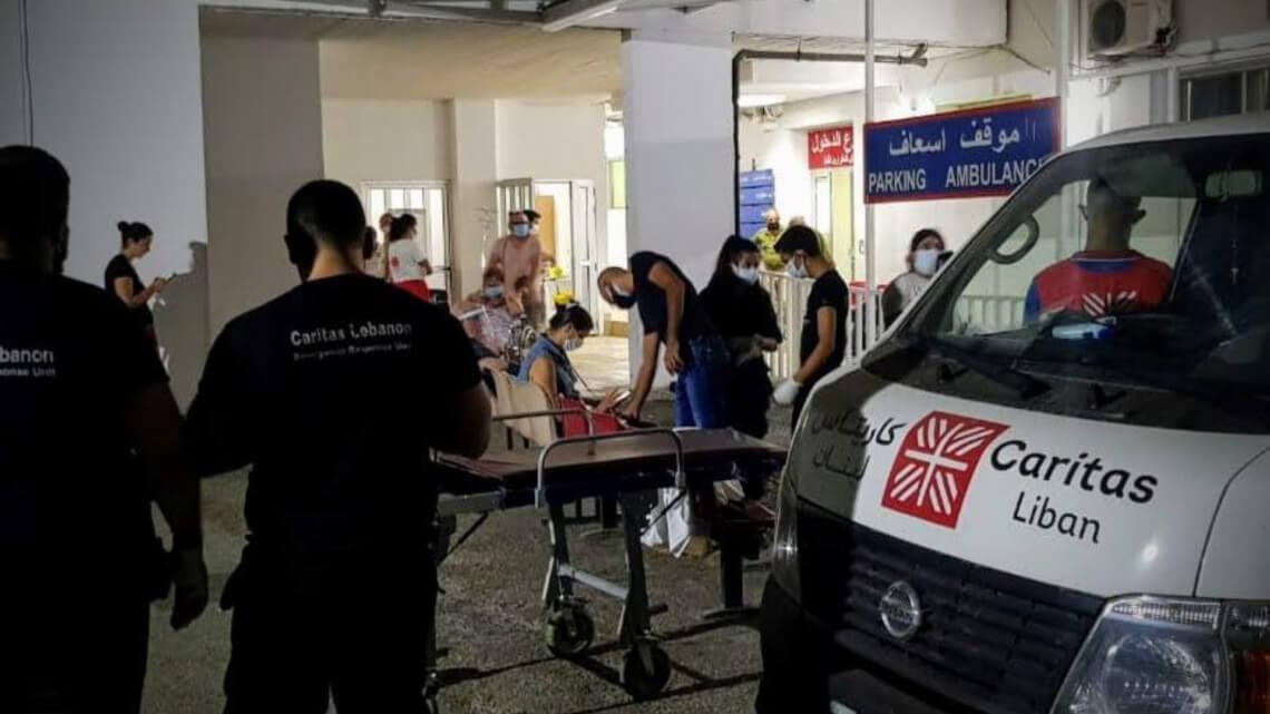 """Caritas International België Explosie in Beiroet – """"Onze medische centra worden overspoeld. De ziekenhuizen hebben van alles tekort. Ook eten"""""""