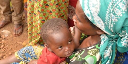 Caritas International België Kwalitatieve voeding voor jonge kinderen in Kwango