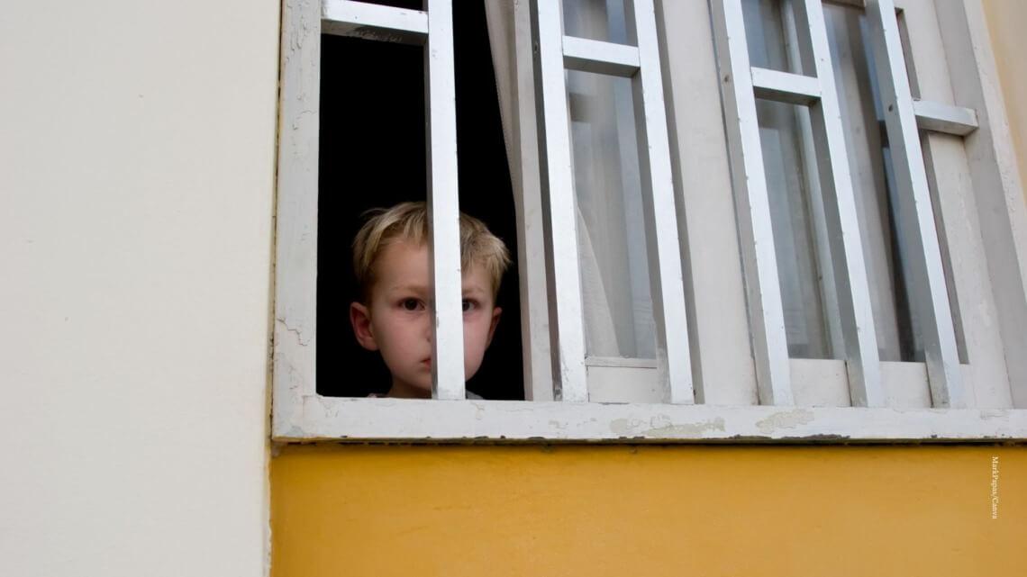 Caritas International Belgique Détention d'enfants pour des raisons de migration: le gouvernement face à ses contradictions