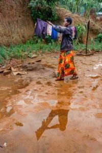 Les fortes pluies causent des dommages aux cultures et aux infrastructures